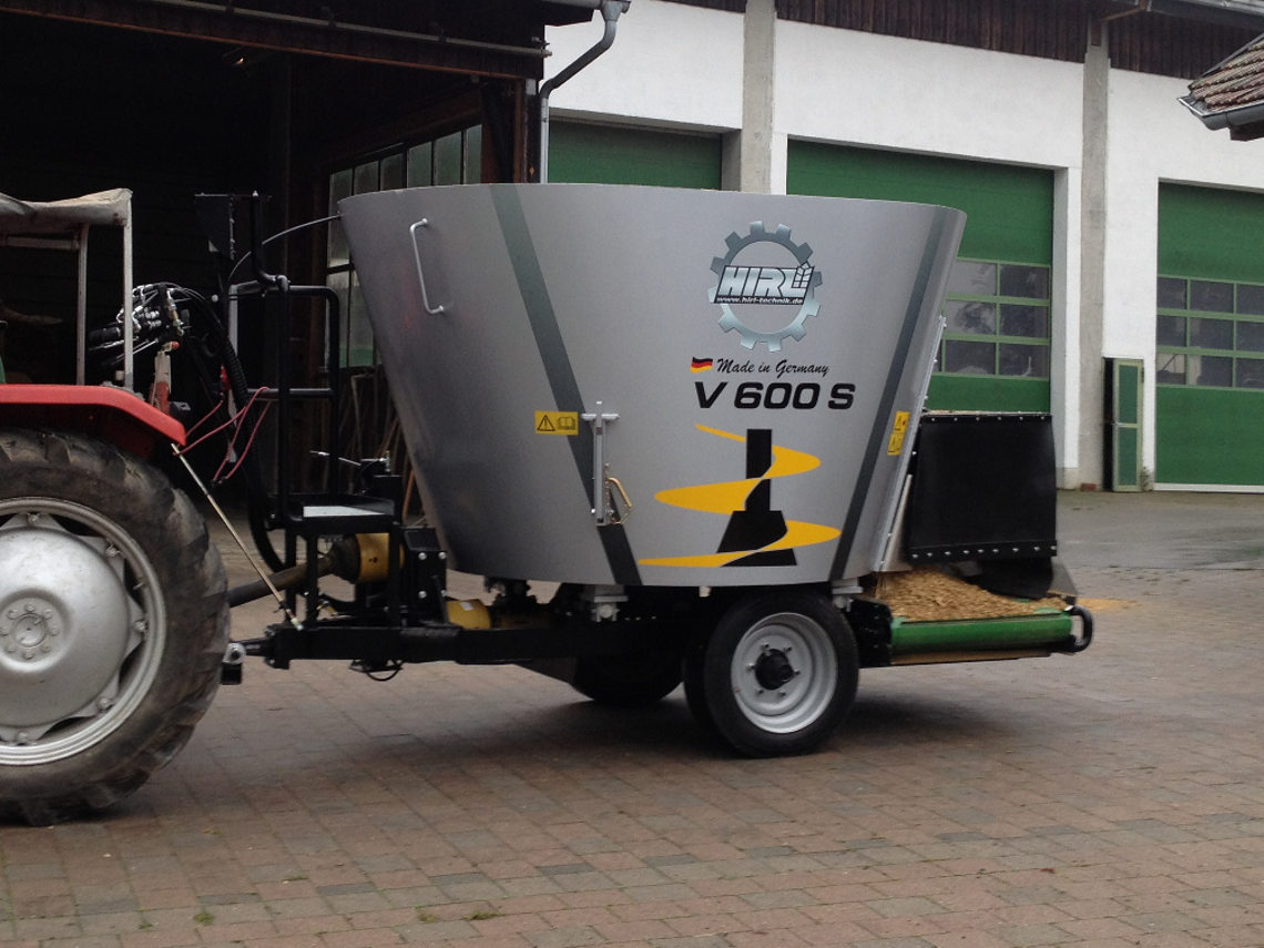 The mixer-wagon HIRL T Vertikal 600 S - Low power- and therefore low fuel consumption